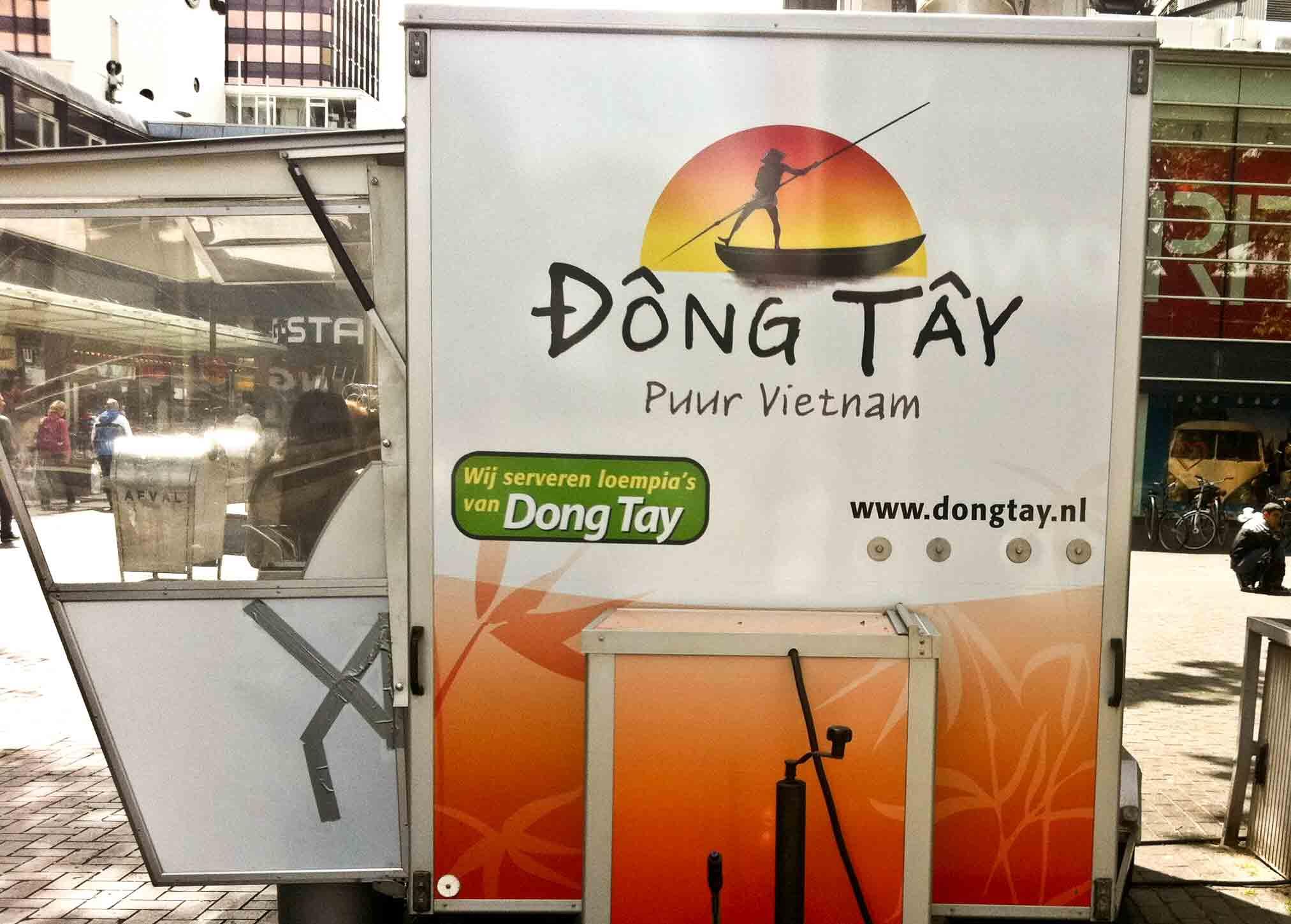 1415: Dong Tay!