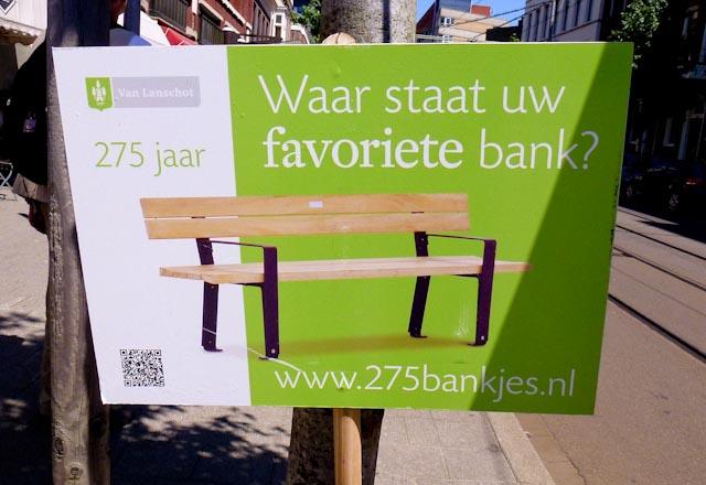 1827: 275 Bankjes