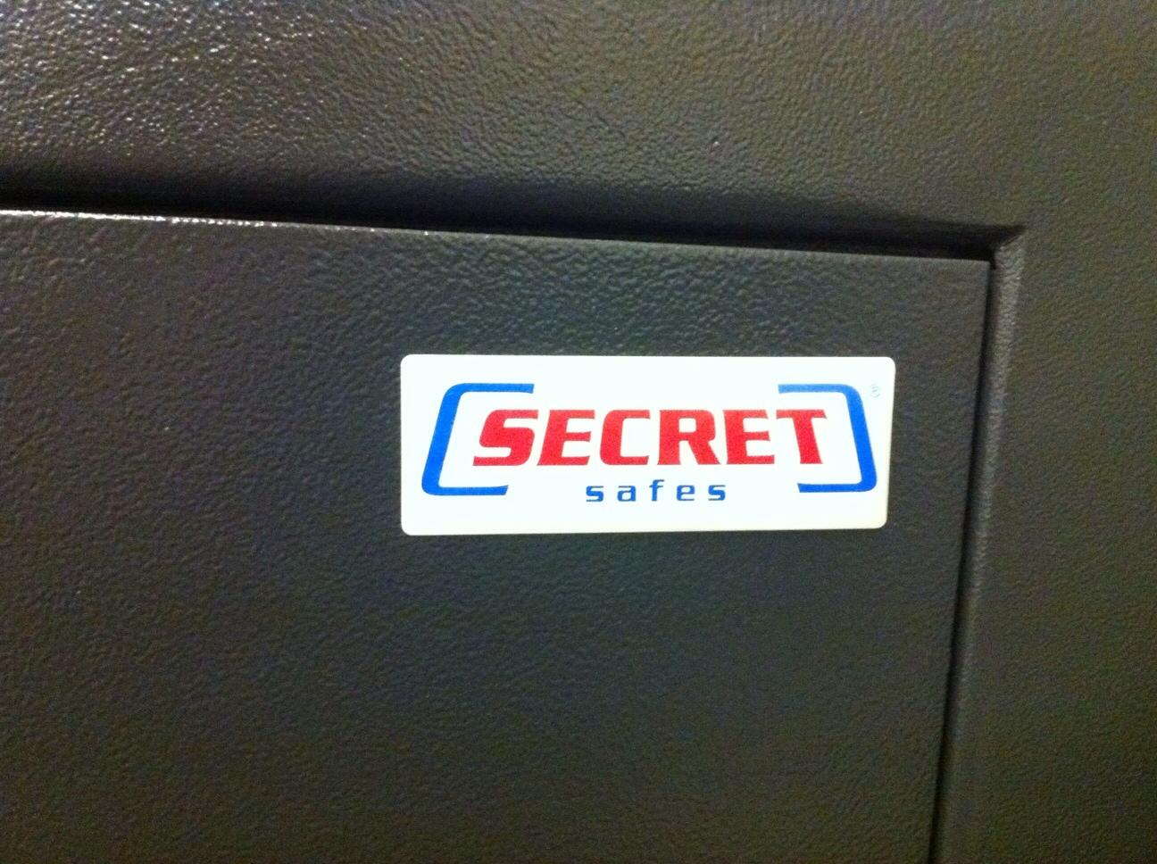 1935: Secret Safes