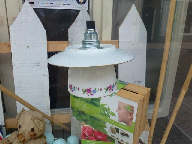 Kop En Schotel Lamp