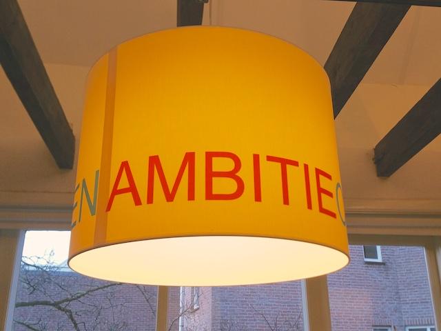 lamp met abitie