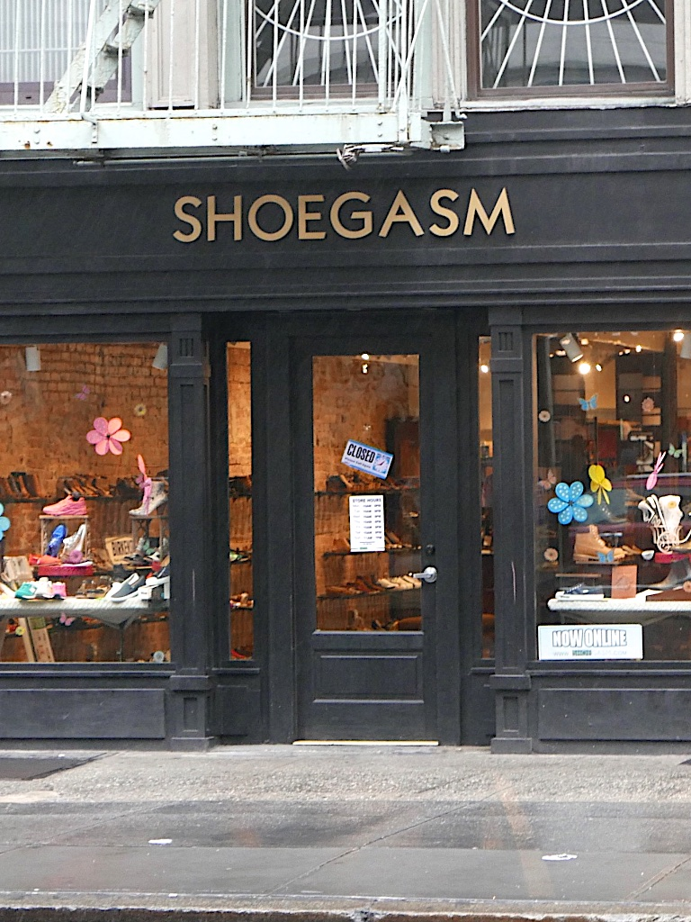 3306: SHOEGASM