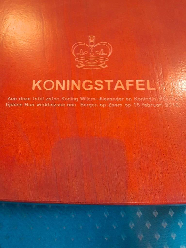 Koningstafel.jpg