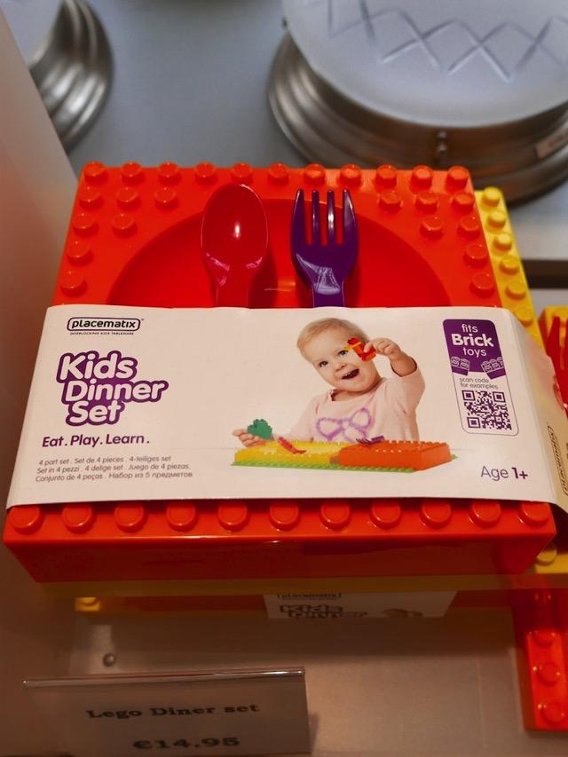 3480: Lego Dinner