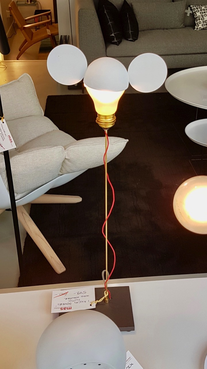 3917: MICKEY'S LAMP?