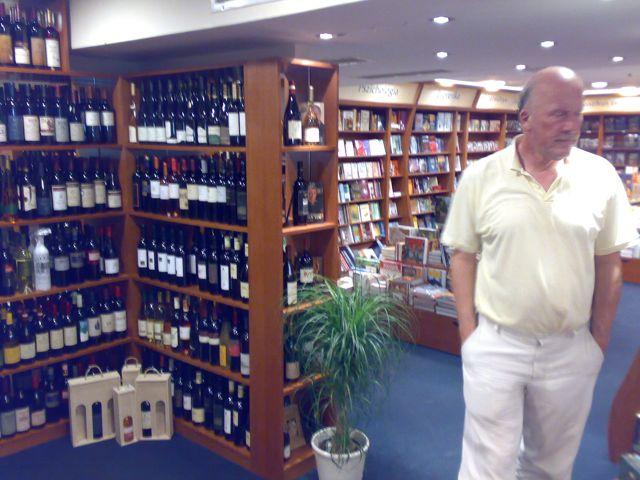 Book&Wine