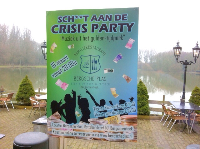 2034: Sch**t Aan De Crisis Party