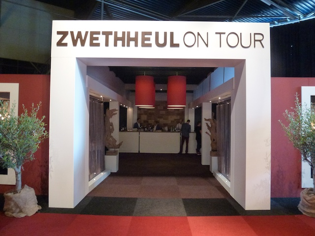 Zwetheul on Tour