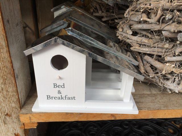 2289: Nest & Breakfast