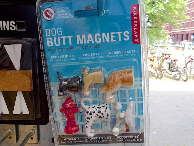 2565: Plakkende Hondenkonten