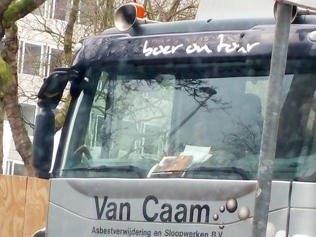 2746: Boer On Tour
