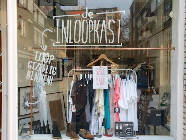 2795: Inloopkast-winkel