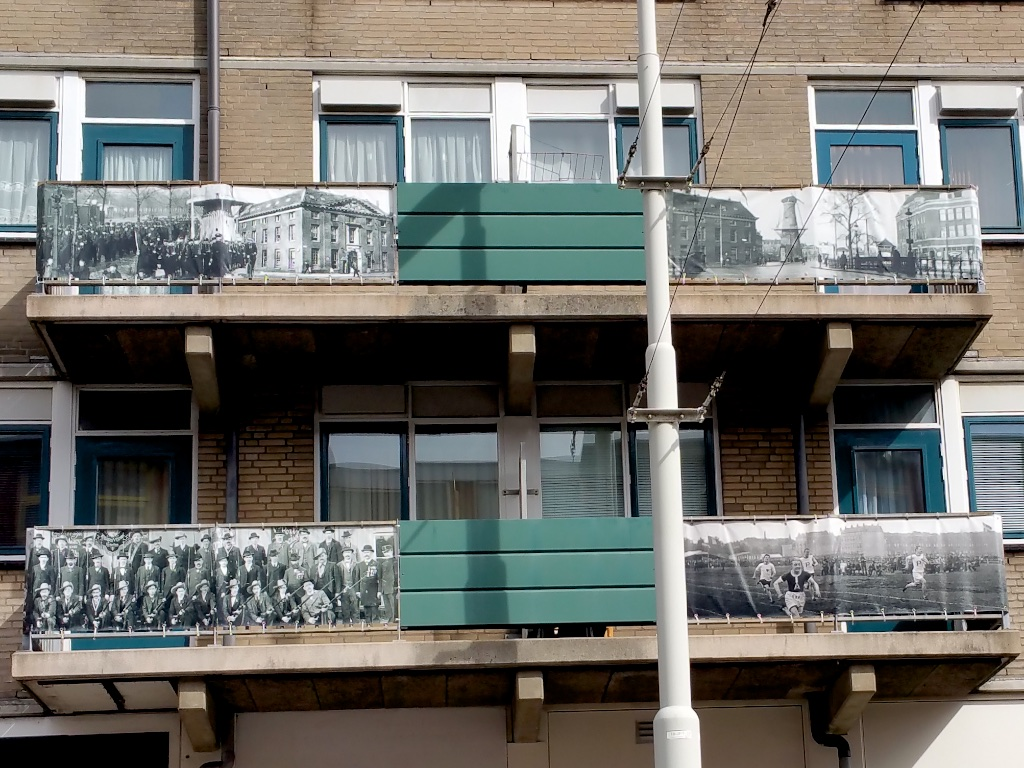 2963: Balkon Wordt Archief