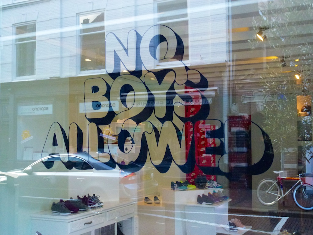 2988: No Boys Allowed