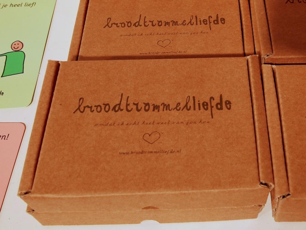 3033: Broodtrommel-liefde