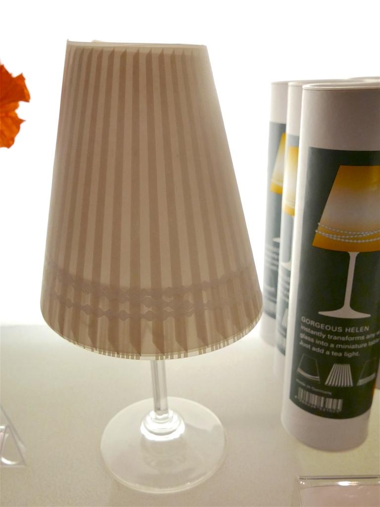 3217: Wijnglas-lamp