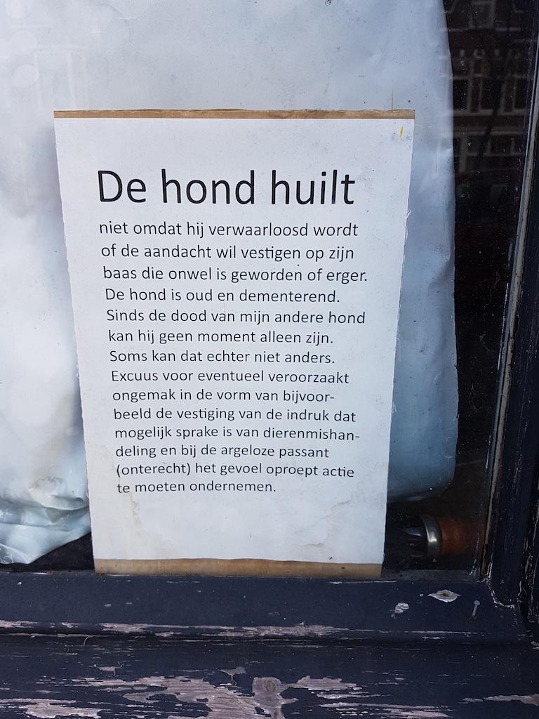 3423: DE HOND HUILT…