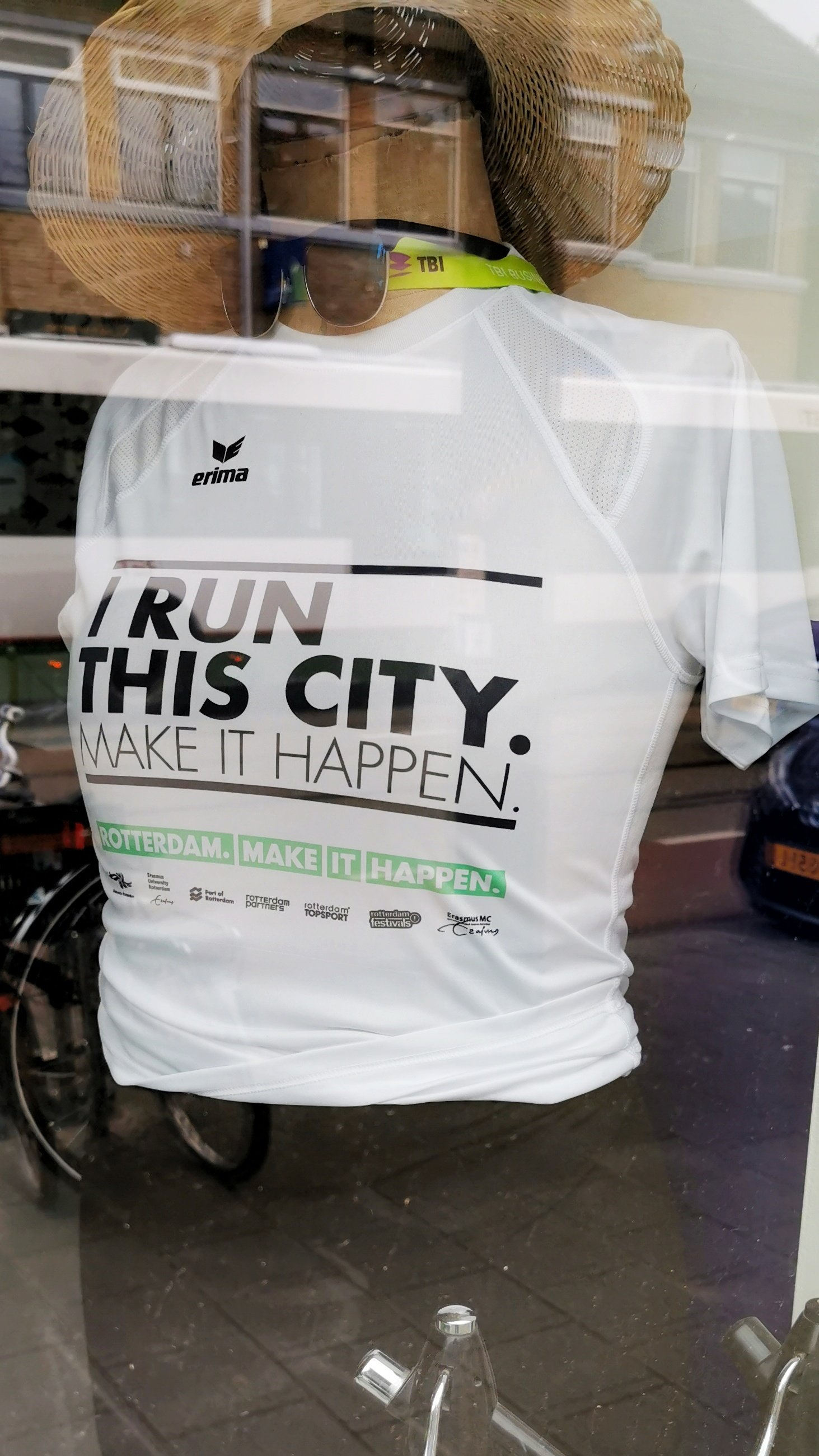 4138: I RUN THIS CITY